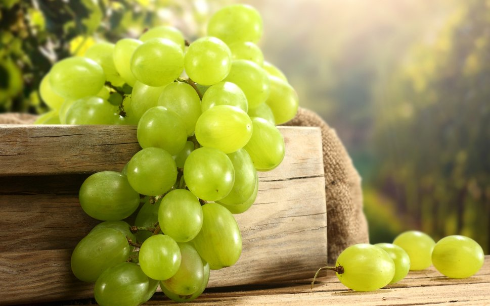 Ликер из белого винограда