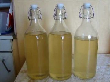 Как сделать хреновуху из водки или спирта Источник: http://alcorecept.com/kak-sdelat-khrenovukhu-iz-vodki-ili-spirta.html