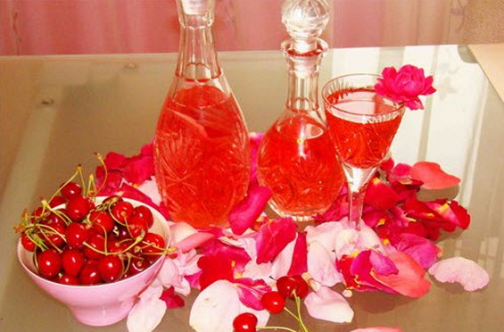 Наливка из лепестков розы в домашних условиях 406