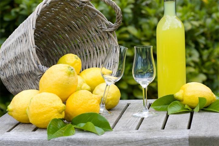 Как сделать домашний лимонный ликер