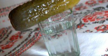 Как выпить стакан водки залпом