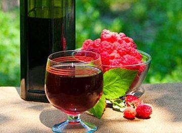 Как сделать домашнее вино из малины. Рецепт