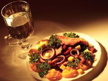 Как и чем закусывают вина: сухое, полусладкое, белое, красное