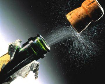 Как избавиться от запаха шампанского